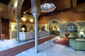 Imagen Recepción del H-Alhambra Palace